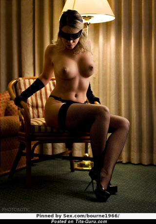 Nude nice lady with medium boobs image