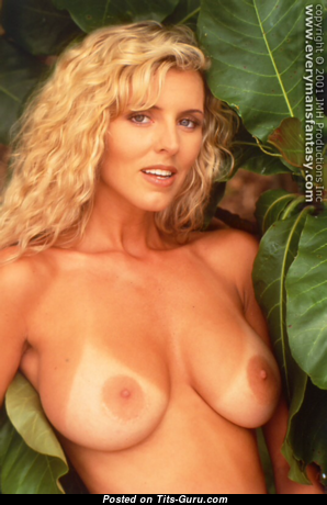 Amy Lynn Baxter - Hot Topless American Blonde Pornstar with Hot Open Natural Dd Size Busts (Vintage Sex Photo)