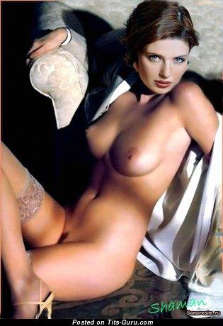Emilia Spivak - Pleasing Brunette with Pleasing Naked Average Boobys (Xxx Photo)