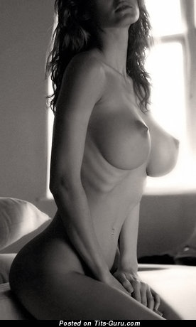 Image. Nude brunette with big tittys picture