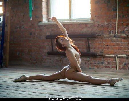 Изображение. Ekaterina Sherzhukova - фотография умопомрачительной раздетой рыжей