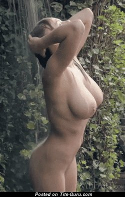 Viola Bailey - nude blonde with big natural tittys gif
