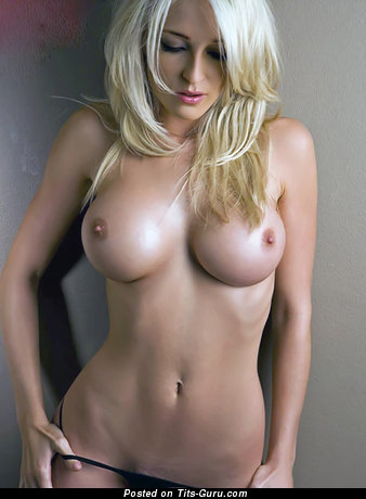 Awesome Babe with Awesome Defenseless Silicone Medium Boobies (Hd Xxx Picture)