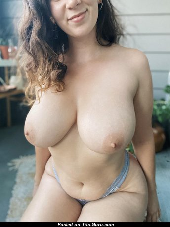Fine Glamour Unclothed Honey with Red Nipples (Home Hd Sex Pix)