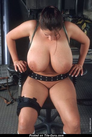 Nadine Jansen - Fascinating German Brunette Pornstar with Fascinating Bald Real Monumental Breasts (18+ Foto)