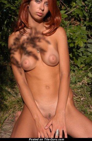 Image. Naked amazing lady with natural tittes image