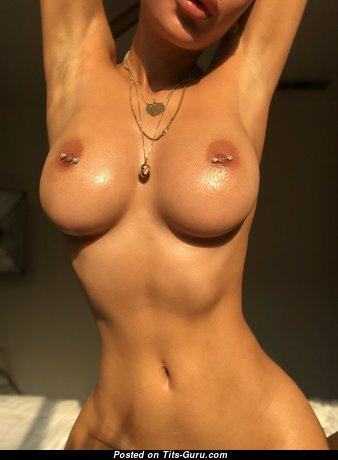 Marvelous Unclothed Babe (Hd Sexual Foto)