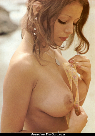 Anita Hemmings - Cute Topless Red Hair with Cute Open Natural Soft Tittes (Vintage 18+ Photo)