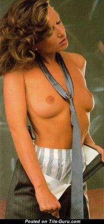 Pamela Zinszer: топлесс блондинка Playboy (США) с супер оголёнными натуральными сисечками и крупными сосками (винтажная hd интимная фотка)