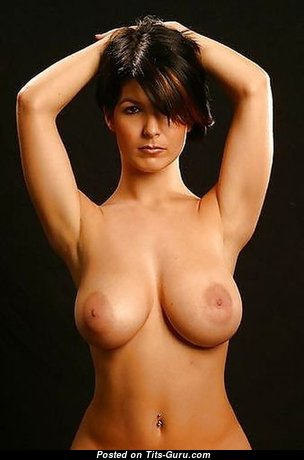 Awesome Babe with Awesome Exposed Real Tittys (Porn Photoshoot)