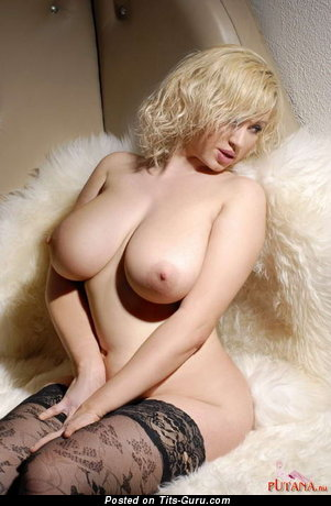 The Nicest Dame with The Nicest Bald Natural Monstrous Titties (Porn Wallpaper)
