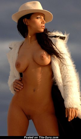 Zahyra - Magnificent Argentine Dame with Magnificent Nude Real Tight Titty (Hd Porn Pic)