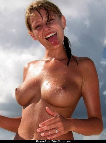 Beautiful Wet Blonde with Beautiful Nude Natural Soft Boobie (Sex Wallpaper)