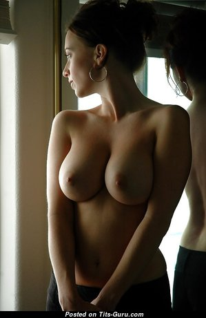 Handsome Brunette with Handsome Naked Natural Med Breasts (Porn Pic)