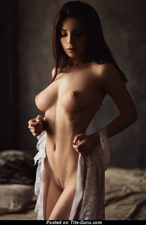 Image. Karina Avakyan - sexy nude brunette with medium natural boob picture