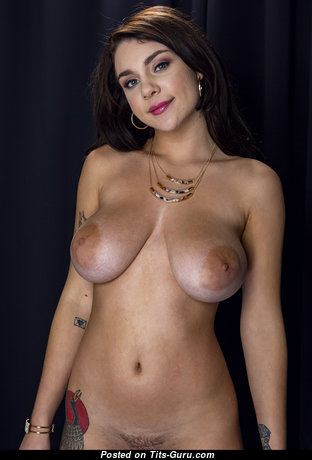 Magnificent Babe with Magnificent Nude Real Busts (18+ Pic)