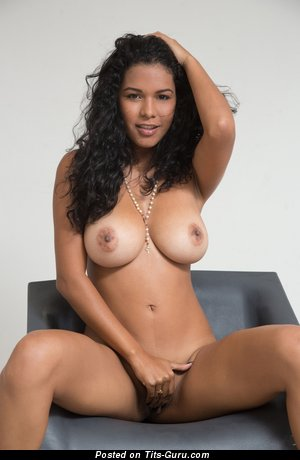 Image. Kendra Roll - naked wonderful woman image