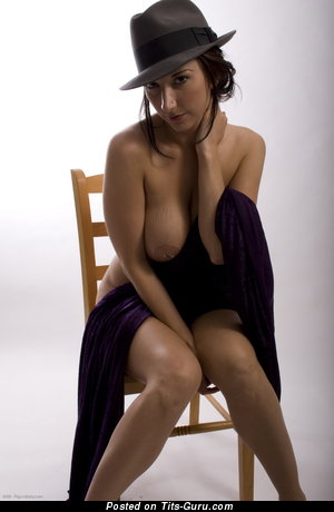 Image. Electra - hot woman with natural tittes picture