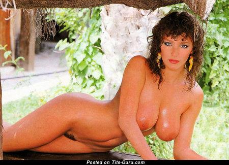 Naked brunette picture