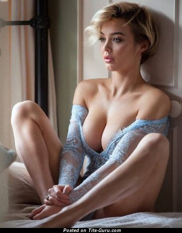 Rosie Robinson - Beautiful Blonde Babe with Beautiful Defenseless Mid Size Tots (18+ Picture)