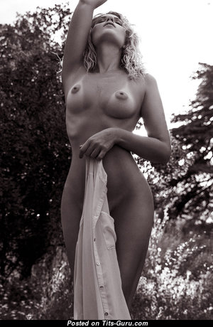Fine Nude Blonde with Tan Lines (Hd 18+ Pic)