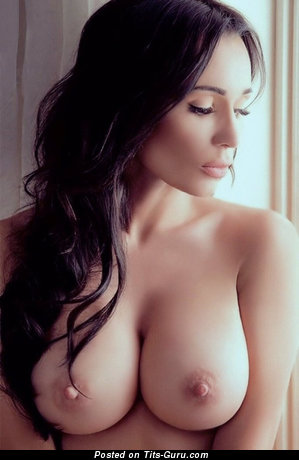 Charming Babe with Charming Open Soft Busts (Sexual Foto)