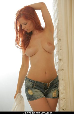 Magnificent Dame with Magnificent Naked Real Dd Size Boobys (18+ Image)