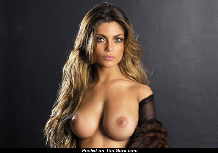 Superb Babe with Superb Nude Real Med Titty (Hd Porn Pix)