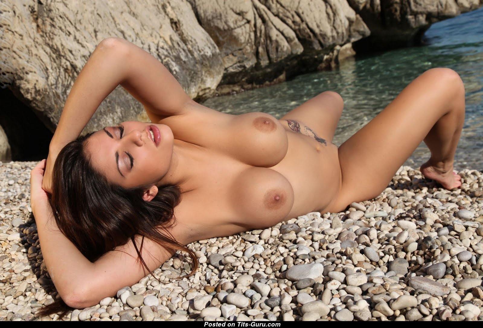 Krystal Webb - Brunette Pornstar With Naked Sizable Boobs -8467