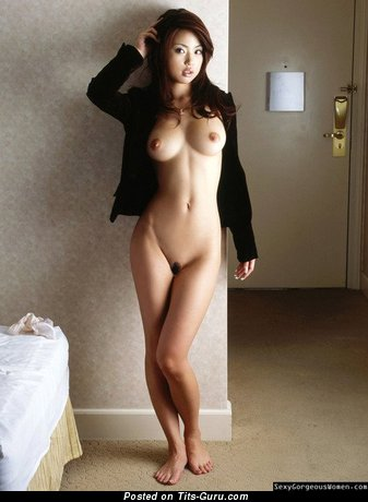 Image. Naked wonderful female with medium natural tittes pic