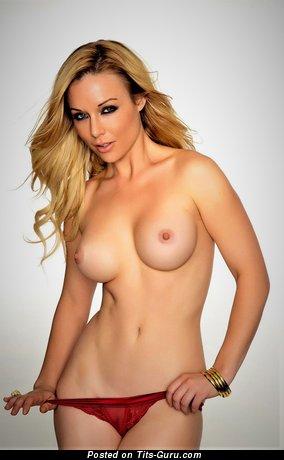 Kayden Kross - sexy amateur nude latina blonde with medium boobs and big nipples photo