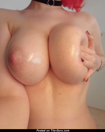 Magnificent Unclothed Red Hair with Giant Nipples (Private Sex Photo)