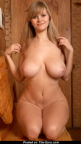 Adorable Woman with Adorable Nude Great Boobie (Xxx Picture)