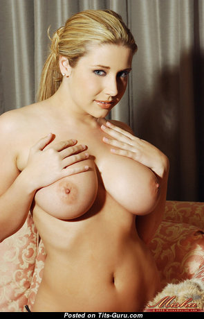 Fine Babe with Fine Bald Real Firm Titties (Hd 18+ Pix)