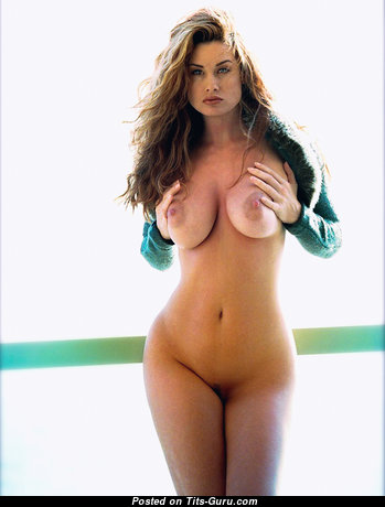 The Nicest Undressed Babe (Sexual Foto)