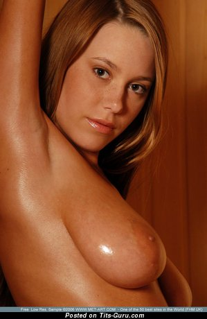 Nude nice female with medium natural boobies pic