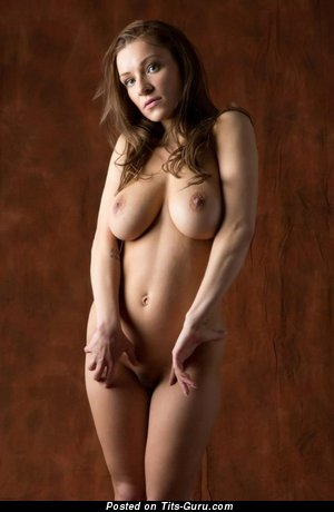 Daisy Van Heyden - naked awesome lady with natural tits picture