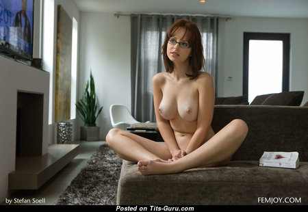 Hayden Winters - Charming American Playboy Red Hair Girlfriend, Pornstar & Babe with Charming Defenseless Natural Firm Boob, Tattoo, Piercing & Sexy Legs (4k Porn Picture)