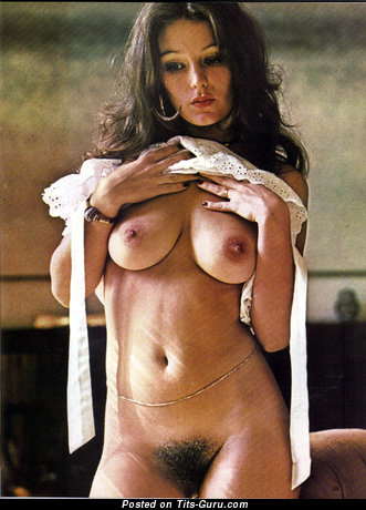 Anita Hemmings - Delightful Woman with Delightful Naked Real Regular Jugs & Inverted Nipples (18+ Image)