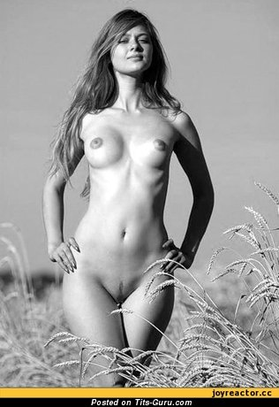 Image. Naked beautiful lady with medium boob photo