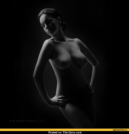 Image. Naked wonderful lady with big natural breast pic
