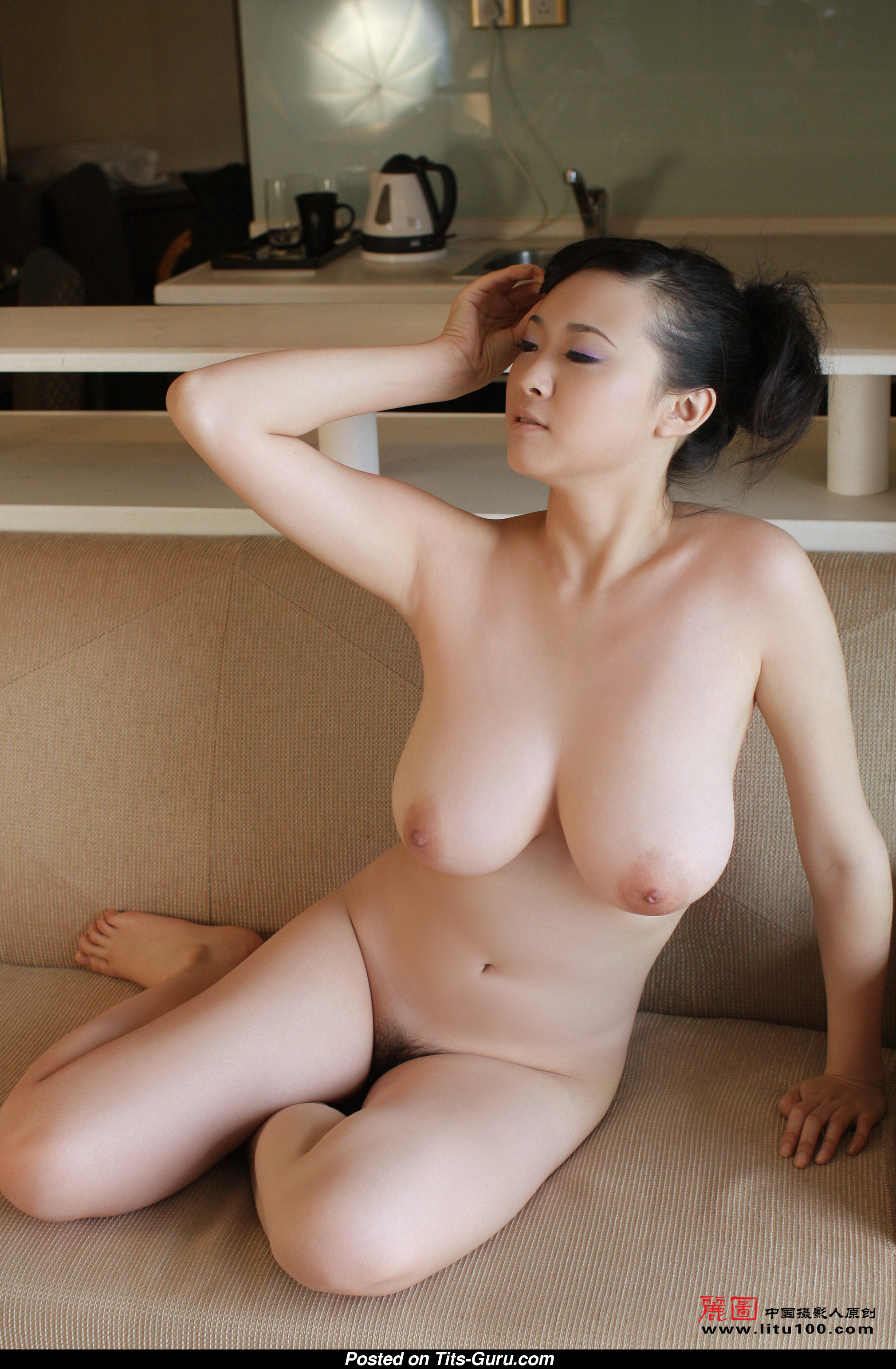 Bing Yi - Asian Miss With Exposed Real Mid Size Breasts -9157