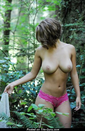 Abby Porter: naked awesome woman with medium natural boobies image