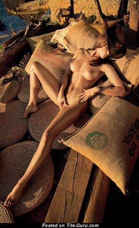 Charming Undressed Miss (Hd Xxx Wallpaper)