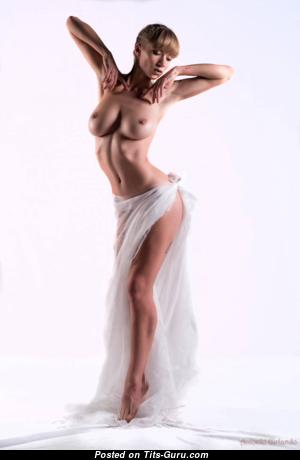 Splendid Glamour Undressed Playboy Girlfriend & Babe with Long Nipples (Hd Sex Pix)