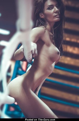 Image. Naked nice woman with medium boob pic