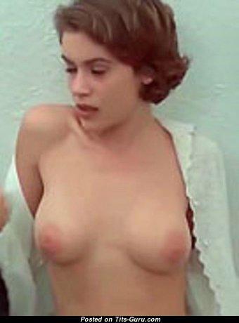 Alysa Milano - Pleasing Undressed Babe (Xxx Image)