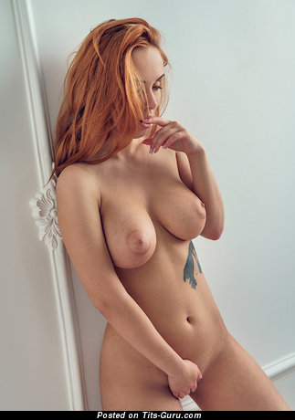 Gorgeous Topless Red Hair with Tattoo (Hd Porn Foto)