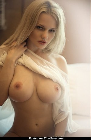 Appealing Blonde with Appealing Nude Very Big Tots (Xxx Foto)