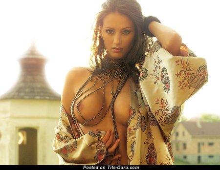 Image. Amateur naked amazing female pic
